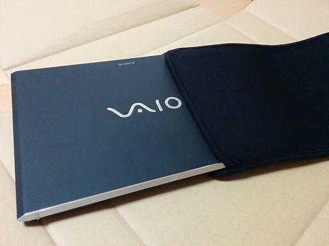 VAIO Pro11も入る「サンワサプライ Macbook Air ネオプレイン製プロテクトスーツ」を購入